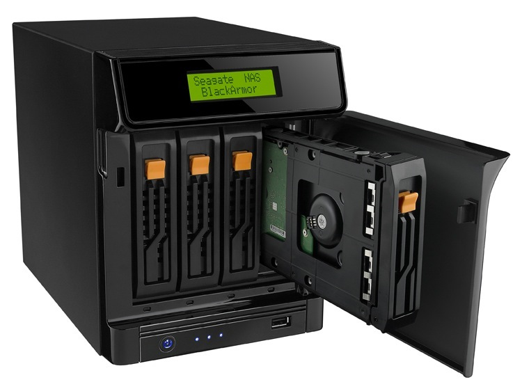 BlackArmor NAS 440 4TB Storage Server USB 2.0 Ethernet